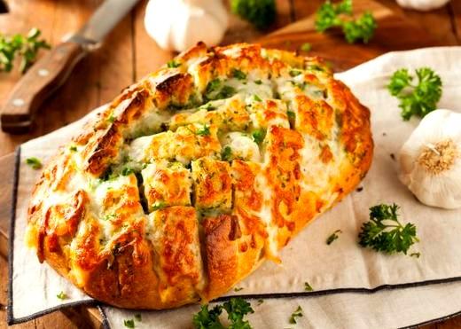 Image of Cheesy Garlic Herb Bread