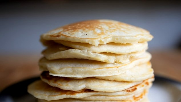 Image of Quinoa Flour Banana Pancakes