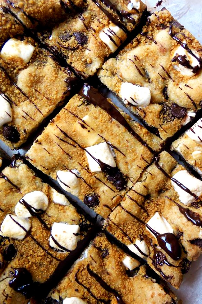 Image of Perfect Chocolate Chip Cookie S'mores Bars