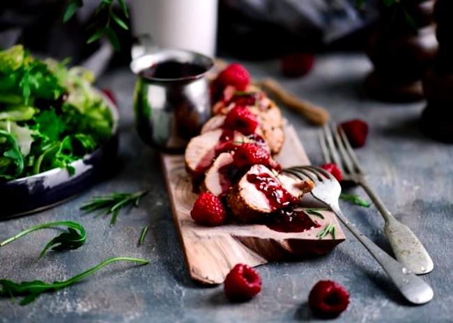 Image of Pork Tenderloin with Raspberry Sauce