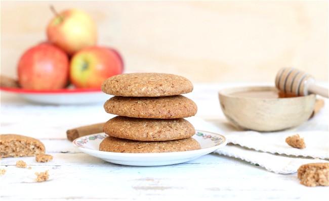 Image of Honey Spelt Biscuits