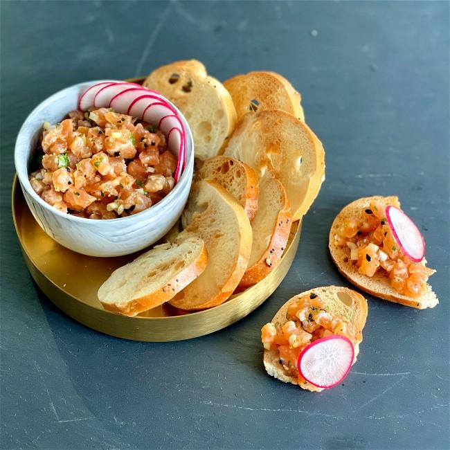 Image of Salmon Tartare with Yagenbori spice