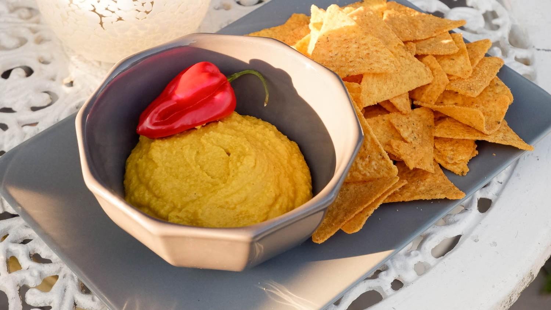 Image of Curry Hummus