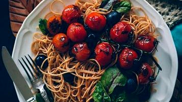 Image of Lentil Spaghetti with Cherry Tomatoes and Olives