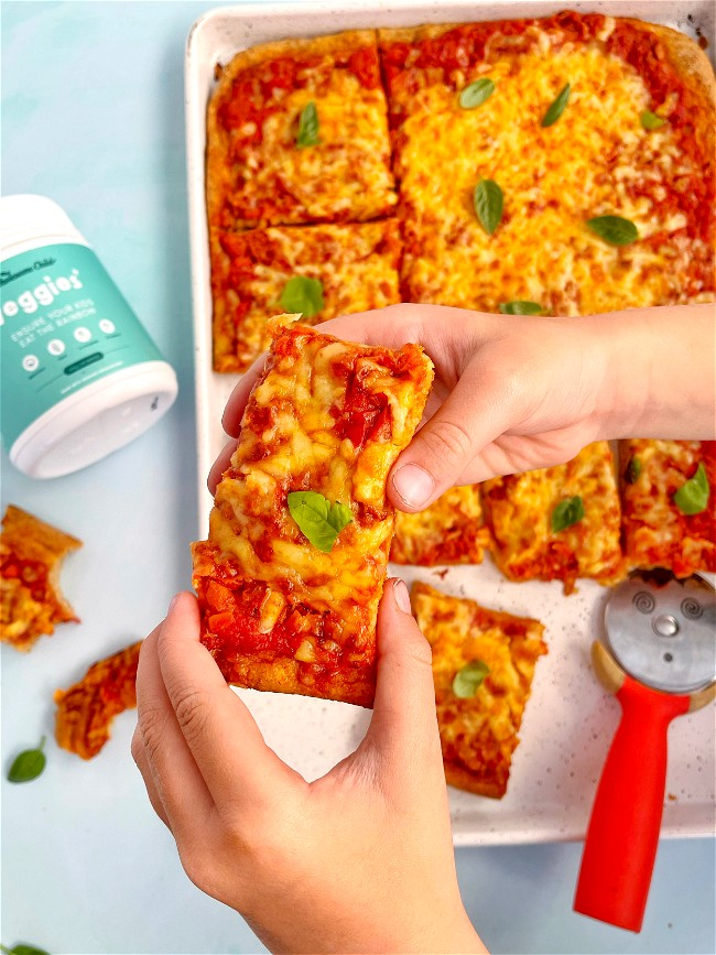 Image of Tuna & Veggie Pizza+