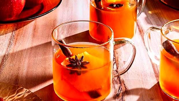 Image of Autumnal Mulled Apple Cider