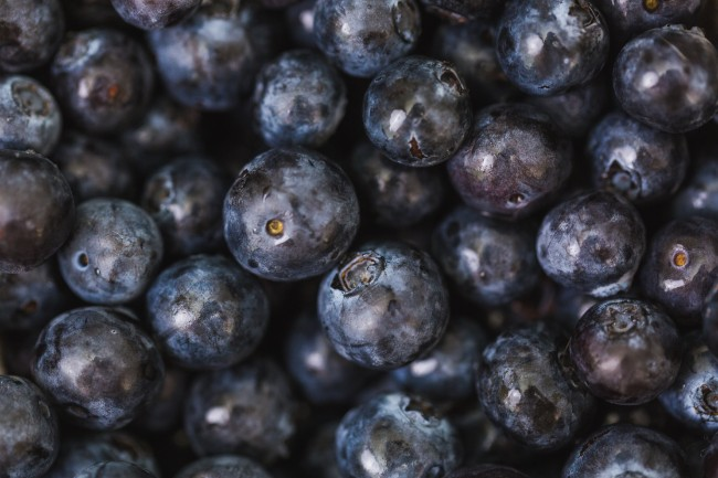 Image of Brightening Blueberry Face Mask