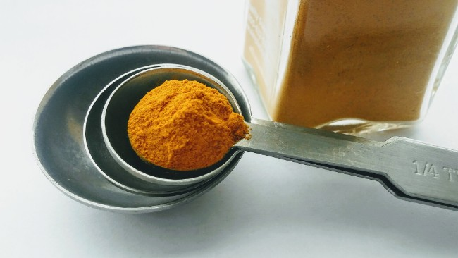Image of Hydrating Coconut Oil and Turmeric Face Mask