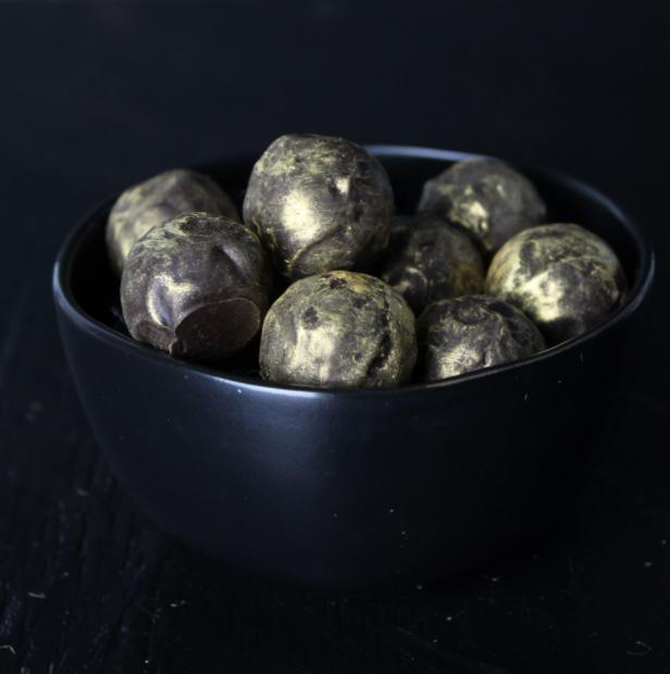 Image of Single Origin Dark Chocolate and Rum Truffles